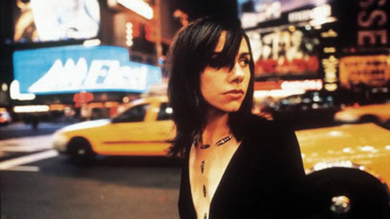 Вышла демоверсия альбома PJ Harvey Stories from the City, Stories from the Sea